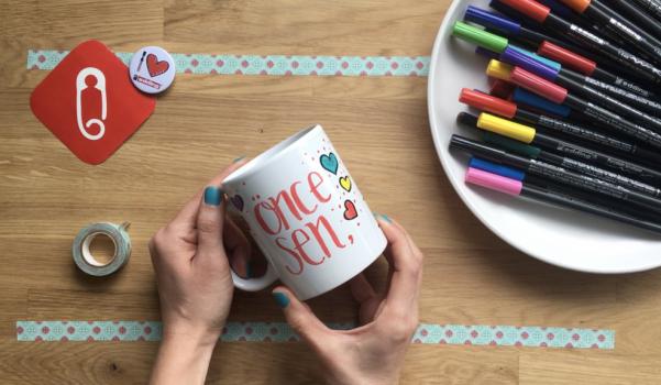 Video: edding'le Sevgililer Günü kupa boyama
