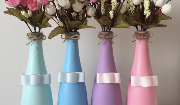 Video: Cam boyası ile şişe süsleme vazo yapımı