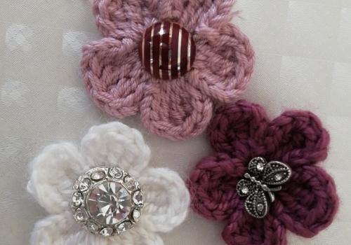 Örgü dilimli çiçek yapımı