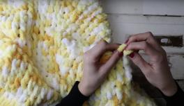 Tığsız şişsiz kolay bebek battaniyesi yapımı